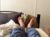 Feet unemcumbered